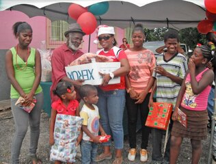 Mizpeh's Hamper & Toy Distribution 2012